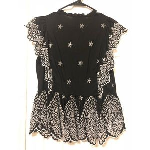 H&M Tops - H&M punching embroidery blouse